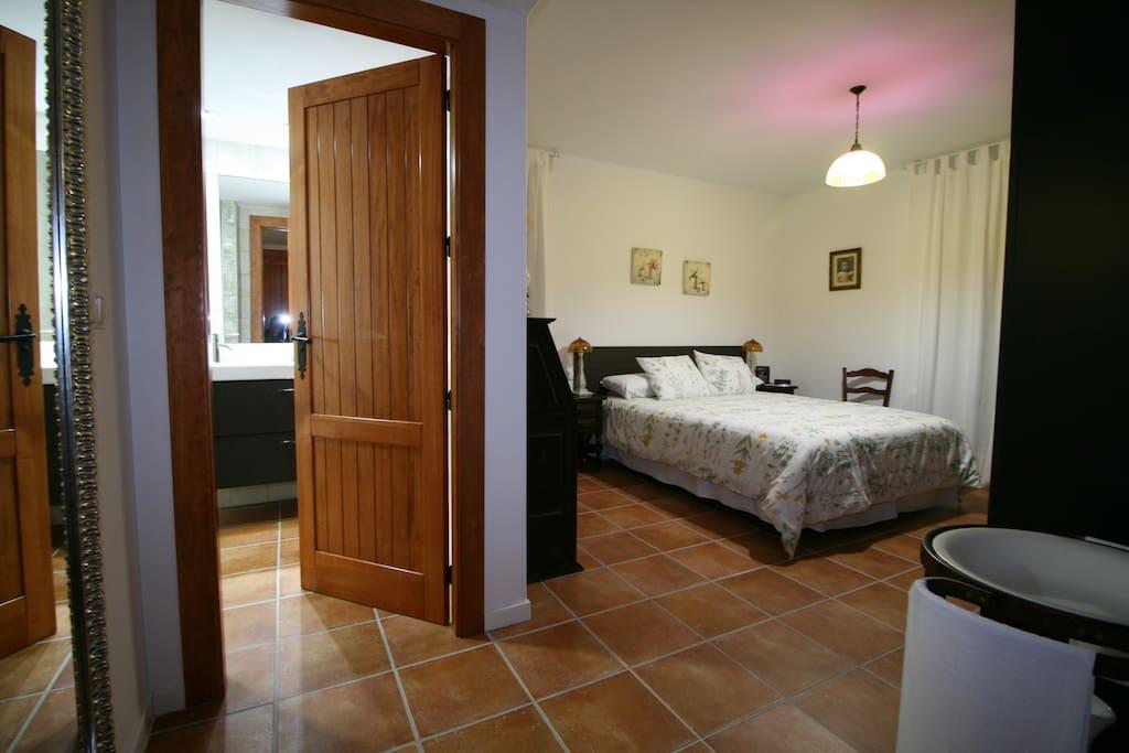casa con piscina vacaciones rural mazarron - dormitorio en suite